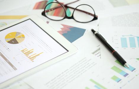 CXに関するユーザー調査~金融業界編発表